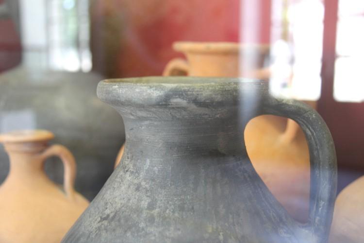 amphore dans le musée archéologique de Saintes
